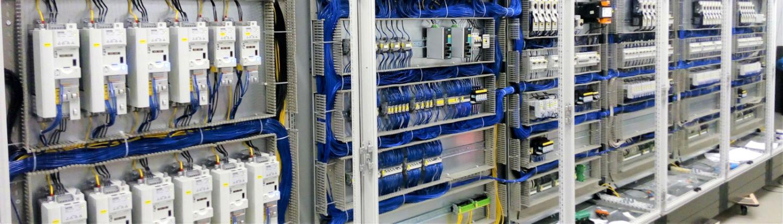 Prefabrykacja szaf sterowniczych i rozdzielnic elektrycznych
